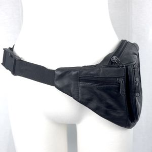 Handbags - Black Leather Fanny Pack vintage 90s belt bag